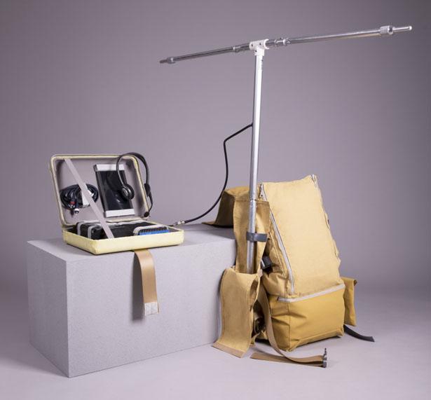 radio-backpack-by-iman-abdurrahman-and-studio-joris-de-groot1.jpg
